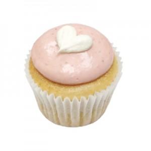 strawb-marsh-cupcake